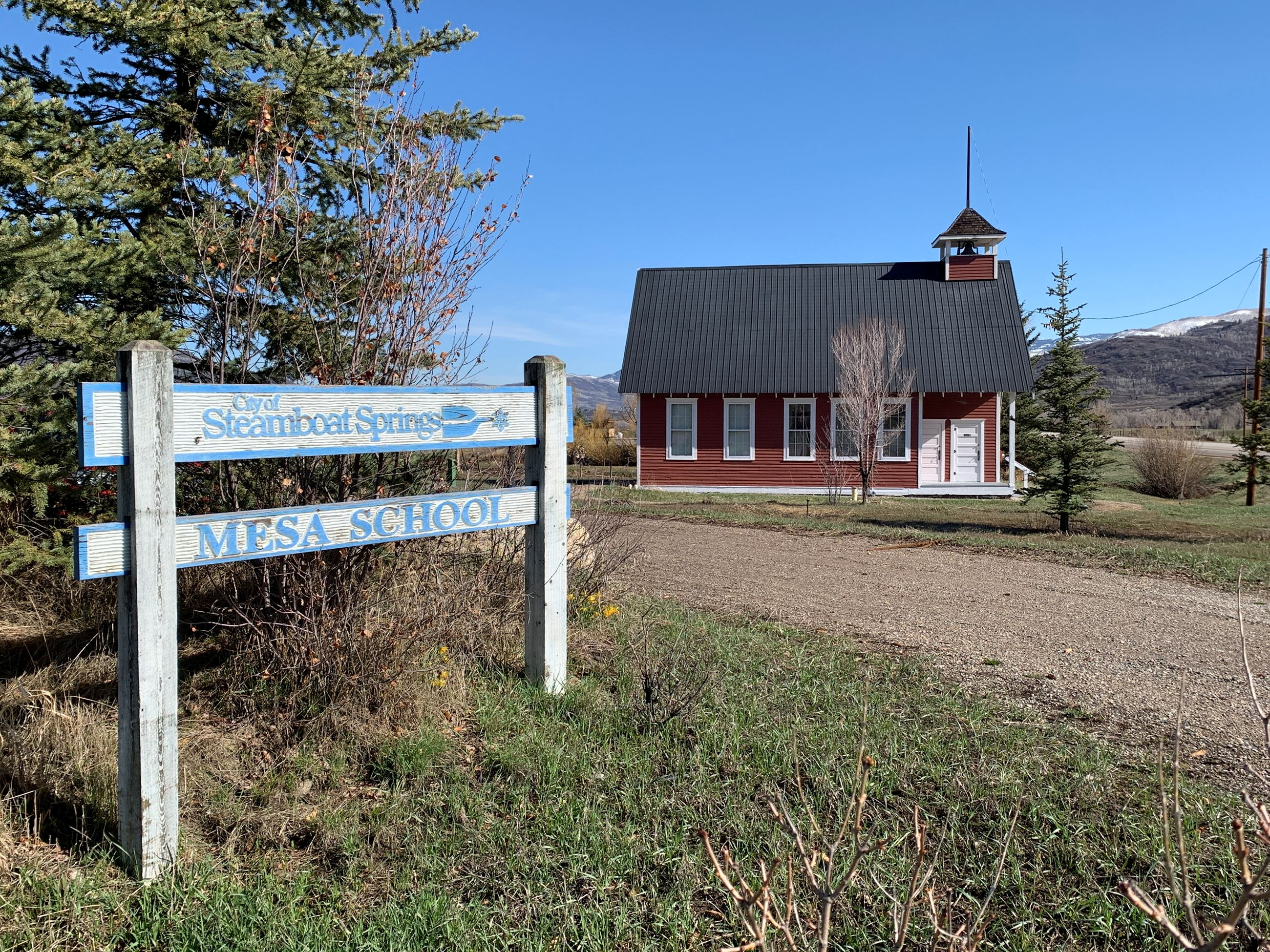 Mesa School House & Sign