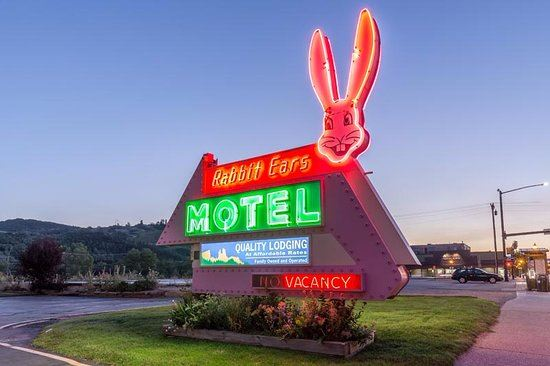 Rabbit Ears Iconic Sign